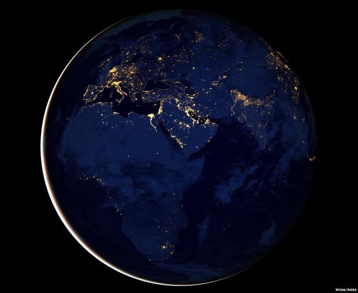 ناسا تكشف عن أوضح صورة لكوكب الأرض ليلاً