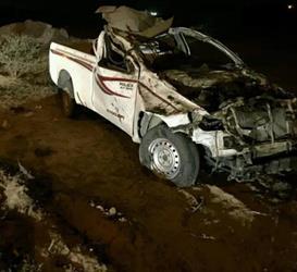 "مصرع امرأتين وإصابة سائق في اصطدام ""هايلكس"" بجمل سائب في بيشة (صورة)"