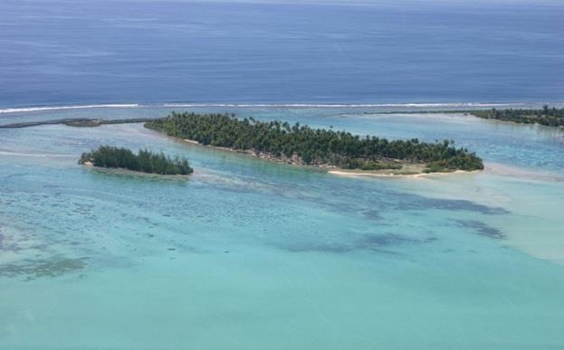 جزيرة MOTO OPUOU في بولينزيا الفرنسية ، وهي هي مجموعة ما وراء البحار التابعة لفرنسا  ،وتمتد على مسافة فدان واحد فقط ، وتضم كمي