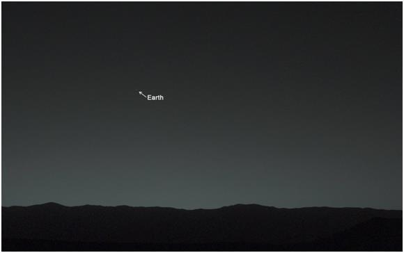 """التقط مسبار """"كيوريوسيتي"""" أول صورة لكوكب الأرض، من على سطح كوكب المريخ ، وقامت وكالة """"ناسا"""" بنشر الصورة، التي التقطتها يوم 31 ي"""