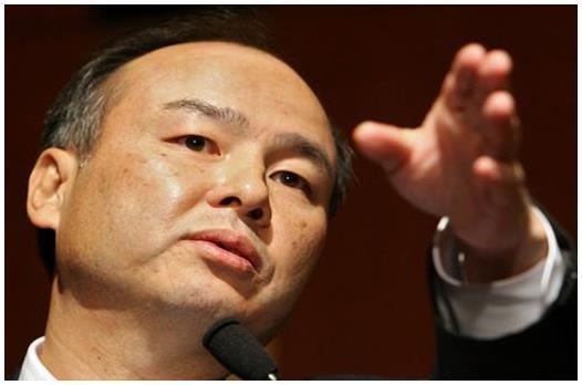 """""""ماسايوشي صن"""" الرئيس التنفيذي لشركة """"سوفت بانك""""، أكبر شركة للإنترنت والاتصالات في أسيا، وخسر نحو 6 مليارات دولار من ثروته هذا"""