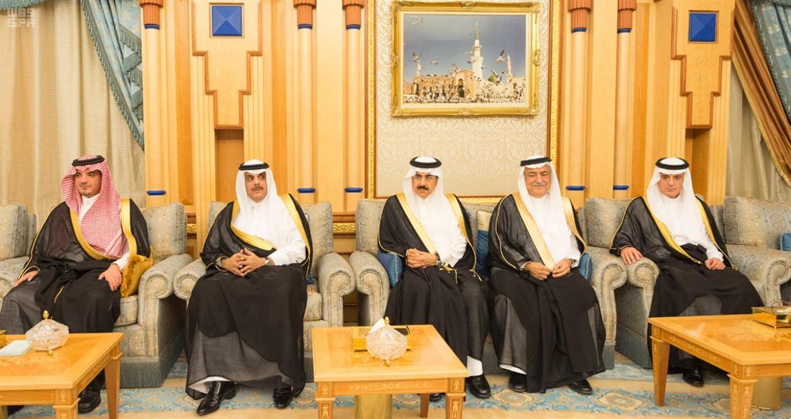 وزيرا الخدمة المدنية والنقل يؤديان القسم أمام خادم الحرمين
