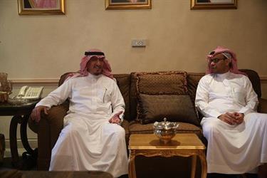 سفير المملكة بعمان يقيم مأدبة غداء لبعثة الهلال