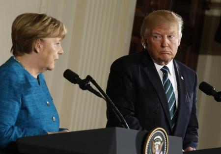 البيت الأبيض: ترامب وميركل بحثا الوضع في سوريا واليمن وكوريا الشمالية
