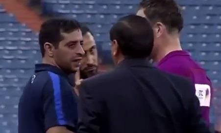 سامي الجابر يشتبك لفظيا مع مدرب الهلال الأرجنتيني