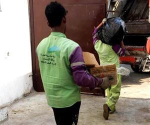 ضبط عمالة يبيعون لحوم الهدي على المطاعم في مكة