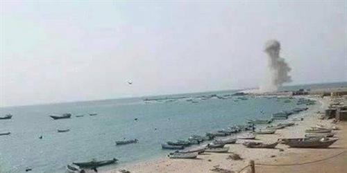 وزير الاعلام اليمني يؤكد أن الهجوم على ميناء المخا هدفه منع وصول المساعدات