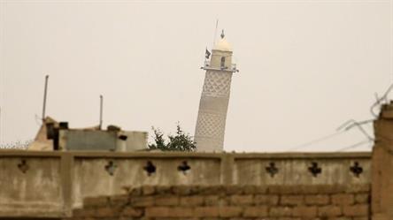 """تقارير: """"داعش"""" يفجر جامع """"النوري"""" التاريخي الذي أعلن منه البغدادي """"خلافته"""""""