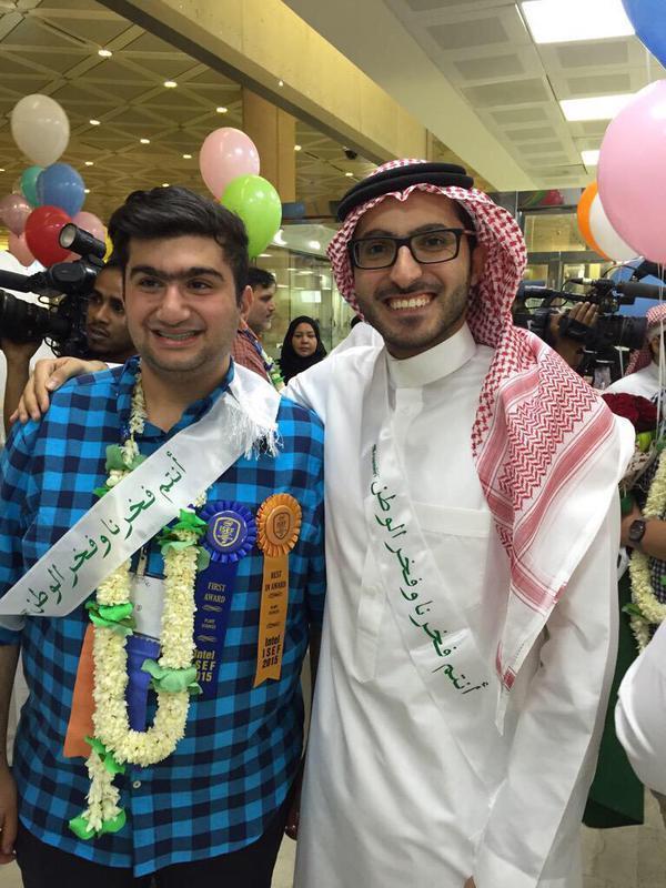 بالصور..  استقبال حافل للمنتخب الوطني للعلوم صاحب ٧ جوائز علمية إلى الرياض