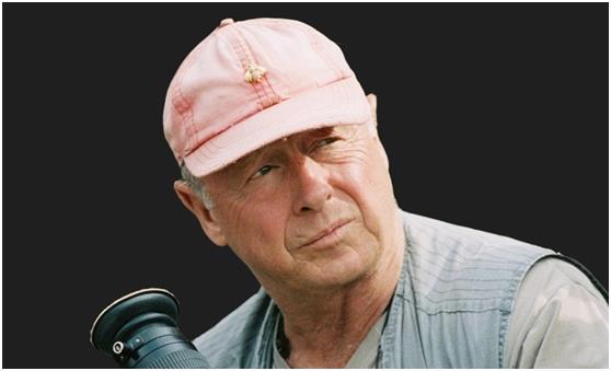 """المخرج البريطاني """"طوني سكوت""""، الذي أنهى حياته بقفزة من فوق جسر """"فنسنت توماس"""" بميناء """"لوس أنجلوس"""",  وكان """"سكوت"""" يعاني من حالة إ"""