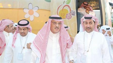 الزياني يطالب المشجعين السعوديين بنبذ «التعصب الرياضي