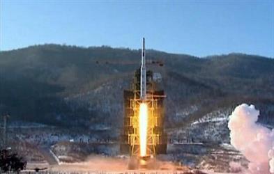 وزيرا الدفاع الأمريكي والياباني يبحثان هاتفيًا التجربة الصاروخية لكوريا الشمالية