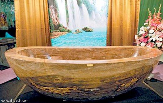 """بيع """"حوض استحمام"""" في دبي مقابل 6.4 مليون درهم"""