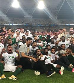 أخبار 24   الفيفا يهنئ الأخضر بالتأهل إلى مونديال 2018