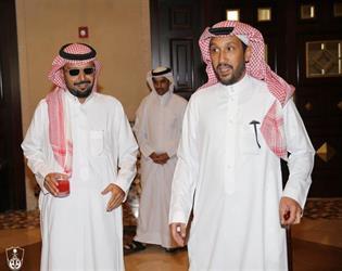 بالصور .. الأميران فهد بن خالد وفيصل بن خالد يدعمان الملكي .. ويوجهان رسالة للاعبين
