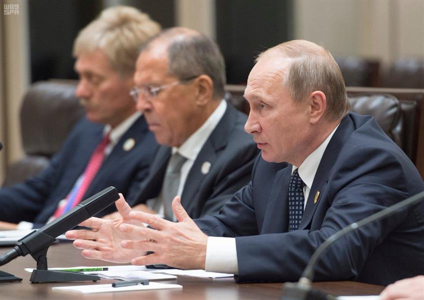 ولي ولي العهد يجتمع مع الرئيس الروسي