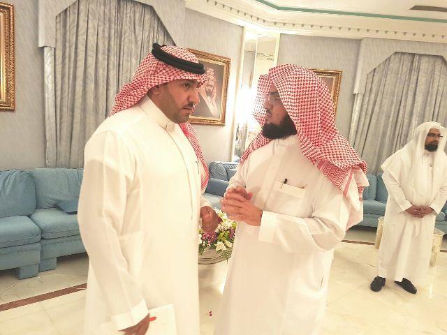 بالصور.. تركي بن عبدالله يستقبل الكلباني والقرني والعمر بمجلس الملك عبدالله الرمضاني