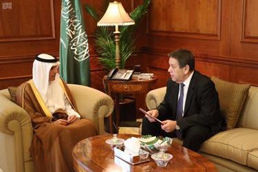 وزير الخارجية يستقبل سفير روسيا لدى المملكة