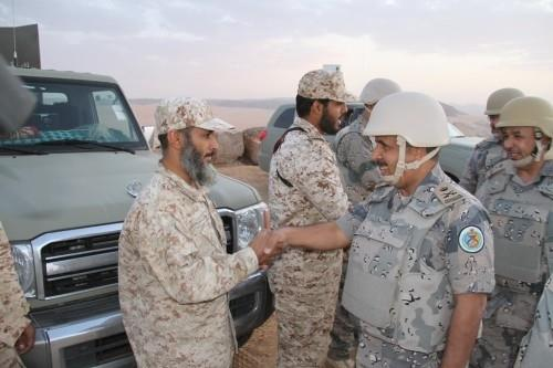 مدير عام حرس الحدود يشارك المرابطين الإفطار بنجران