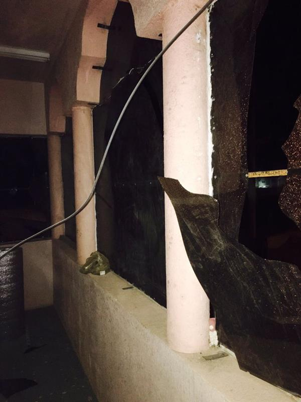 إصابة مواطن إثر سقوط مقذوف حوثي على حي سكني بنجران (صور)