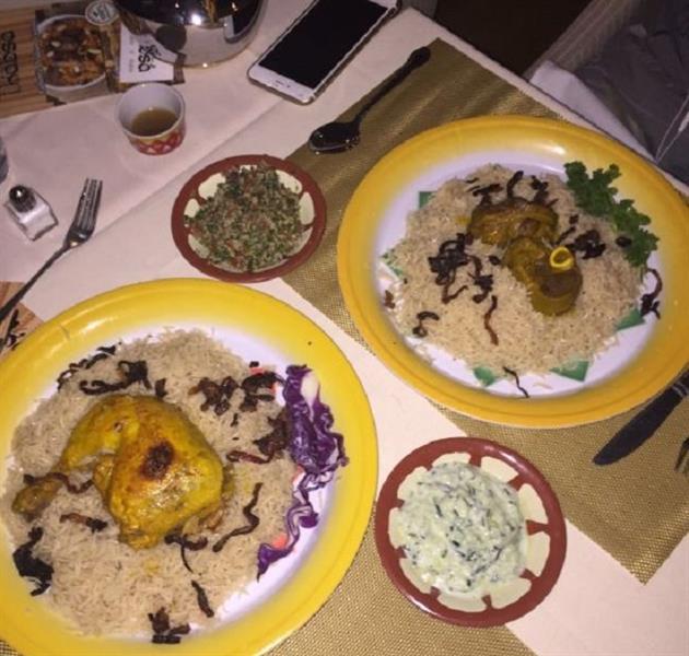 سعودي يفتتح مطعم كبسة في هوليوود.. ويقدم خصومات للمبتعثين