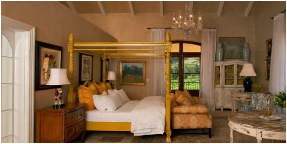 """فندق """" La Residence Franschhoek"""": ويقع في مدينة """"فرانشويك"""" في جنوب أفريقيا، وتبلغ مساحته 30 فدانًا، ويمكن لنزلاء هذا الفندق ال"""