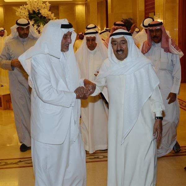 ضمن زيارة قصيرة.. الأمير خالد الفيصل يصل إلى دولة الكويت