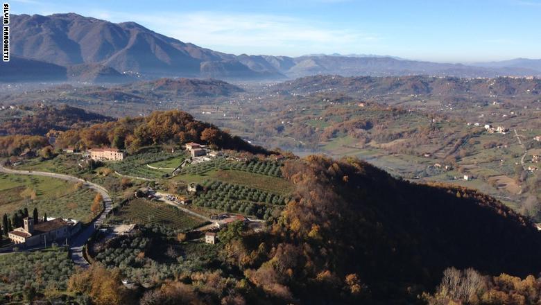 في هذه البلدة الإيطالية..الفلاحون هم من أصحاب المليارات