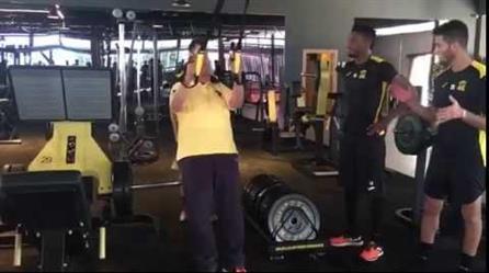 بالفيديو .. احمد مسعود يتدرب مع اللاعبين