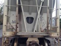 نجاة أمريكي ظل عالقًا في وضع معكوس لمدة 18 ساعة داخل قطار