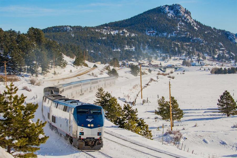 صور رائعة لمجموعة من أبرز رحلات القطارات حول العالم