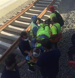 وفاة شخص وإصابة 5 في حادث بقطار الحرمين - صور