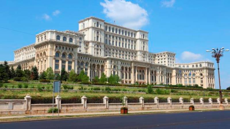 "1- ""Palace of Parliament""، رومانيا:"
