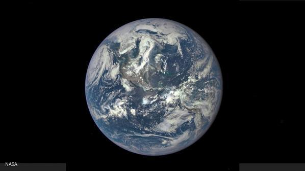 ناسا تنشر أول صورة كاملة للأرض منذ 43 عاما