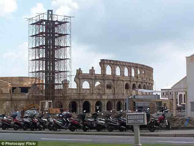 """وتعمل بكين حالياً على إنشاء مبنى """"كولوسيوم"""" – المدرج الروماني العملاق – الذي تقع النسخة الأصلية منه في العاصمة الإيطالية """"روما"""