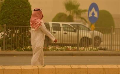 صحة الرياض تعلن حالة الطوارئ في جميع مستشفياتها لمواجهة الحالات الطارئة بسبب موجة الغبار