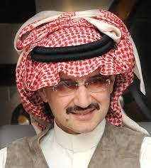 الأمير الوليد بن طلال يسلم الأهلي مليون ريال مكافآة الفوز بالدوري