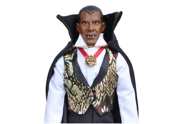"""بالصور .. """"أوباما فامباير"""" بين مجموعة دمى مخيفة تجسد شخصيات رؤساء أمريكا  !"""