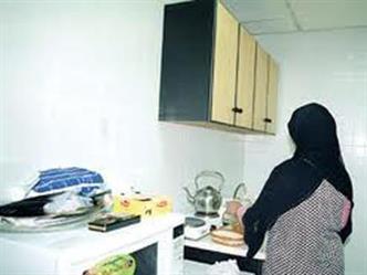 """""""العمل"""": 516 عاملة منزلية بمركز الإيواء غادرن خلال أسبوع.. وهذه هي الإجراءات المتبعة معهن"""