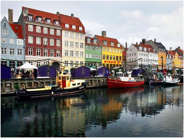 تبلغ عدد ساعات العمل في مدينة كوبنهاجن الدنماركية 32,64 ساعة أسبوعيا، وجاءت المدينة مؤخرا في المركز التاسع كأفضل مدينة بها جود