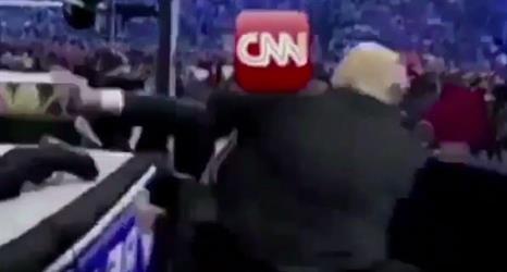 ترامب يواصل السخرية من الـ cnn بمقطع فيديو من مشاركته في مصارعة قديمة