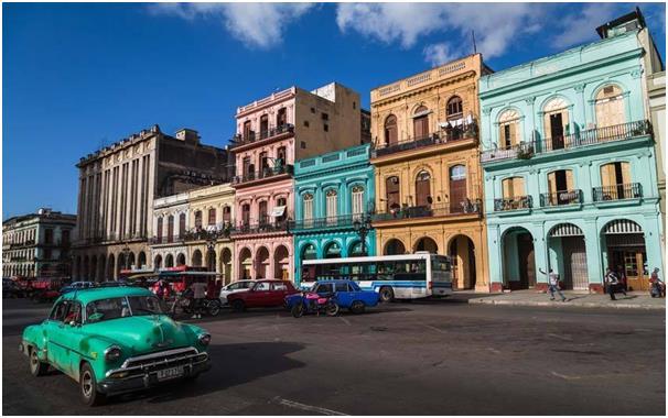 بالصور..تعرف على أكثر الأماكن الملونة في العالم 67760e00-4d26-470a-8