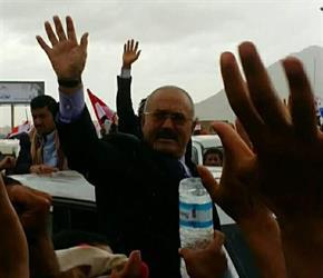 """""""عسيري"""" يعلق على ظهور """"صالح"""" في صنعاء ويذكّر بمصير """"القذافي"""""""