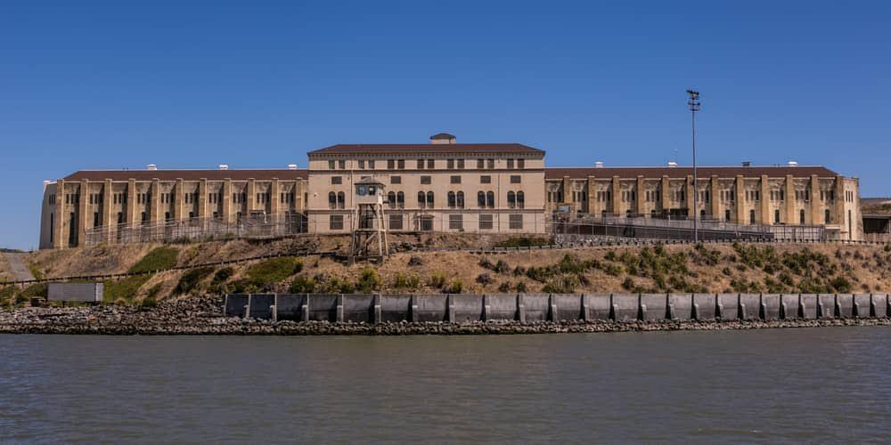 10 – سجن سان كوينتن الحكومي (ولاية كاليفورنيا الأمريكية)