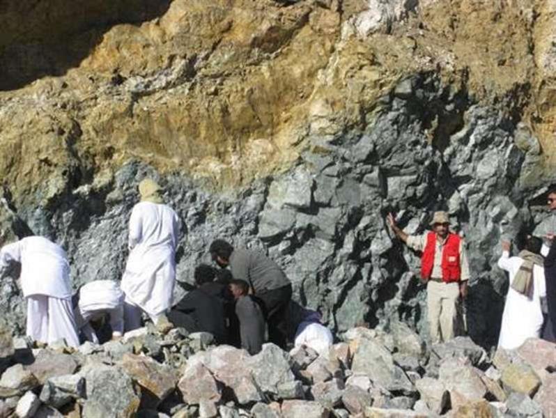 """هيئة المساحة الجيولوجية توضح حقيقة اكتشاف """"منجم ذهب"""" في الطائف"""