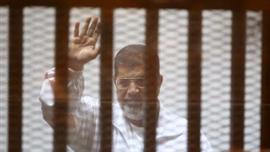 21 ابريل المقبل موعدا للحكم على مرسي في قضية قتل متظاهرين
