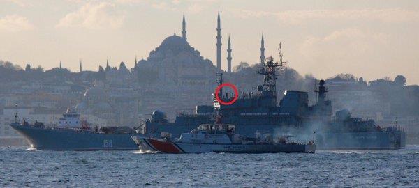 """سفينة حربية روسية تغضب تركيا بمشهد """"استفزازي"""" (صورة)"""