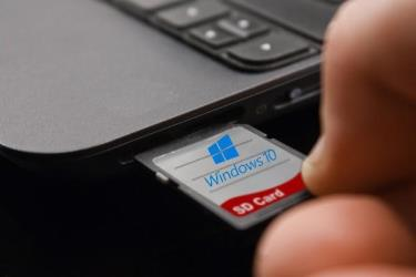 sd card reader windows 10