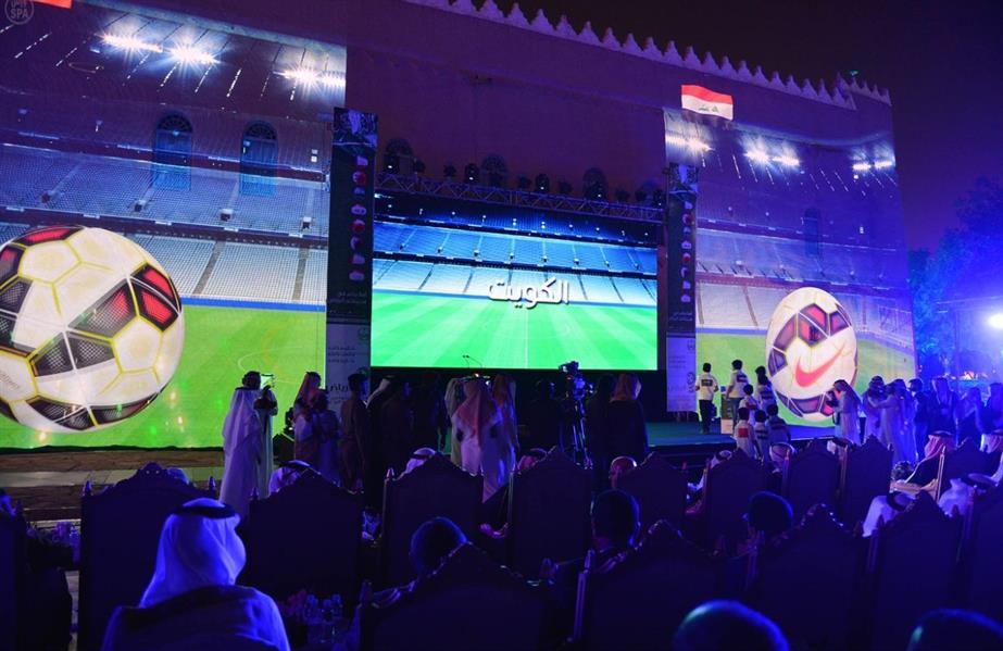 الامير تركي بن عبدالله يقيم مادبة عشاء لسفراء دول خليجي 22 71780199-bb93-42a8-83a1-f8a7b6a0a046.jpg
