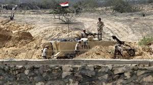 مصر تمد أنابيب على طول الحدود مع غزة لإغراق الأنفاق